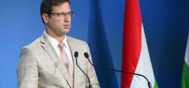 Volt Fidelitas-elnökhöz és Rúzsa Magdihoz is jutott pénz a Miniszterelnökség kasszájából