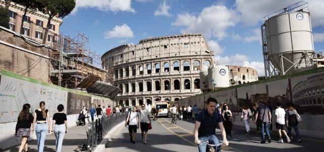 26-ra csökkent a járvány napi áldozatainak száma Olaszországban