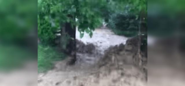 Egészen brutális árvízről posztoltak videót Pilismarótról