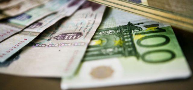 Alig csökkent a különbség a leggazdagabb és a legszegényebb európai országok között