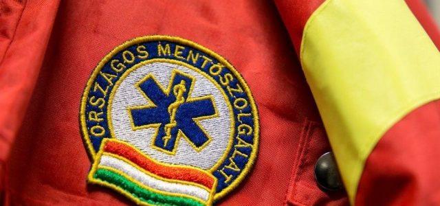 Két mentőst gyanúsítottak meg a csenyétei halálesettel kapcsolatban