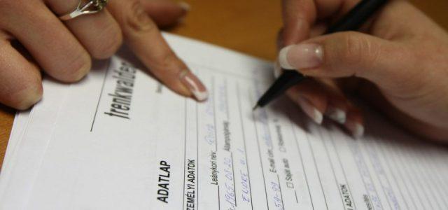 Egy friss statisztika szerint legalább 100 ezer magyar vesztette el az állását a koronavírus-járvány miatt