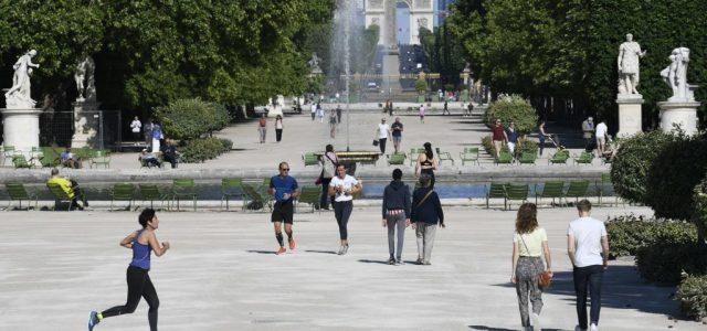 Párizsból nyáron eltűnik a turisták fele