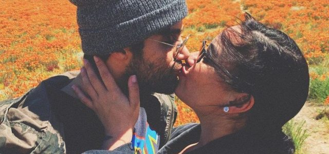 Demi Lovato nagyon szerelmes és biztos, ami biztos, az egész világgal tudatta a tényt