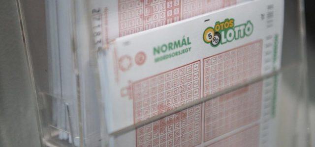 Itt vannak a nyerő lottószámok