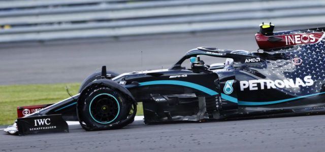 Reagált a Pirelli a sok defektes Forma-1-es autóra