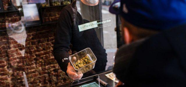 """""""Fényes a jövő"""": a marihuánaeladásoknak igazán jól jött a koronavírus-járvány"""