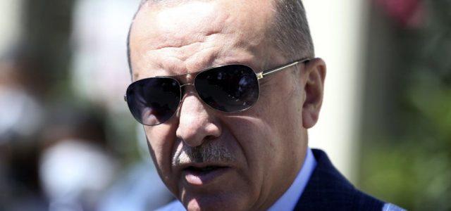 Erdogant nem zavarja a háborús helyzet, a szankciók sem tántorítják el a gáz utáni kutatástól