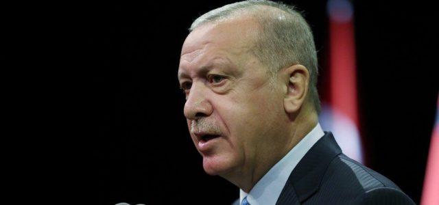 A török-görög tengerjogi vitáról tárgyalt Erdogan és Merkel