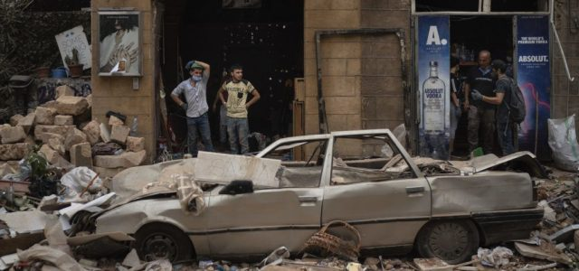 Egy hónappal a bejrúti robbanás után ismét életjeleket észleltek a romok alól