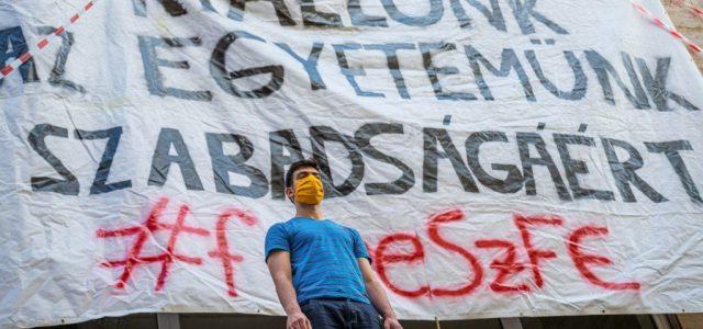 Újabb egyesület állt ki az SZFE küzdő diákjai és tanárai mellett