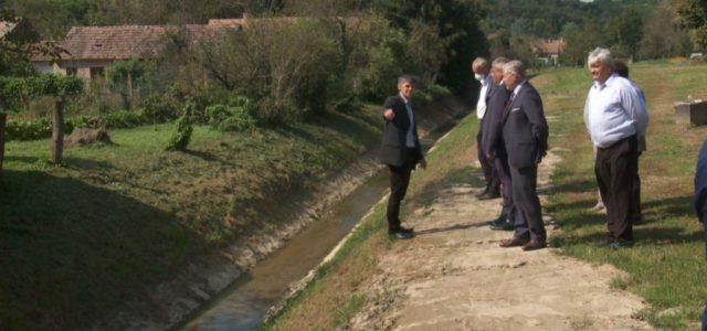 Nagyradán átadták a 70 millió forintból felújított patakmedret