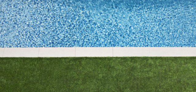 Talált egy medencét a kertjében, ami többet ért, mint az egész ház