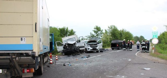 Stresszre és fáradtságra hivatkozik a székelyi kisbusztragédiát okozó kamionos