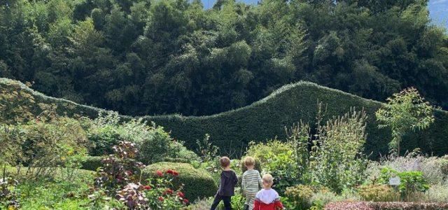 Alec Baldwinék kertje akkora, hogy belépőt lehetne szedni túravezetés céljából
