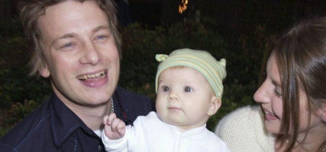 Úgy telik az idő, hogy Jamie Oliver lánya már egyetemre megy