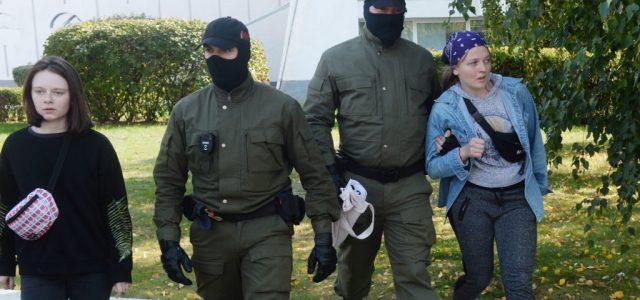 Lukasenka szerint a kormányellenes tüntetések miatt terjed a koronavírus