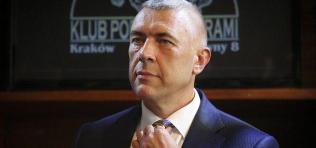 Pénzmosás miatt őrizetbe vették a volt lengyel kormányfőhelyettest