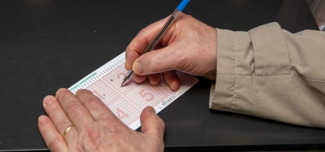 Íme az ötös lottó nyerőszámai