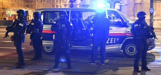 Sebastian Kurz: Förtelmes terrortámadás történt