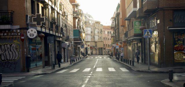 Lassulni látszik a koronavírus terjedése Spanyolországban