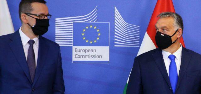 FT: Megkerülheti a magyarokat és a lengyeleket az Európai Bizottság