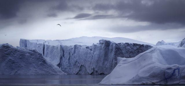 Töredezik a világ legnagyobb jéghegye
