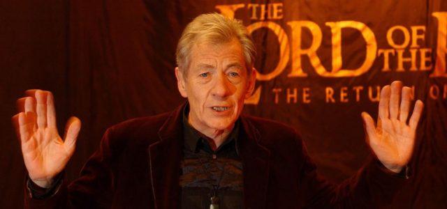 Ian McKellen is reagált a Szájer-ügyre