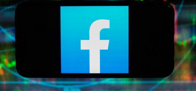 A Facebook fellép a vakcináról szóló sületlenségek ellen