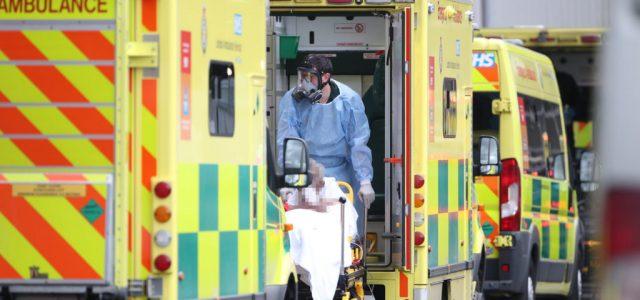 A világháború óta nem látott egészségügyi válsághelyzettel küzd Nagy-Britannia