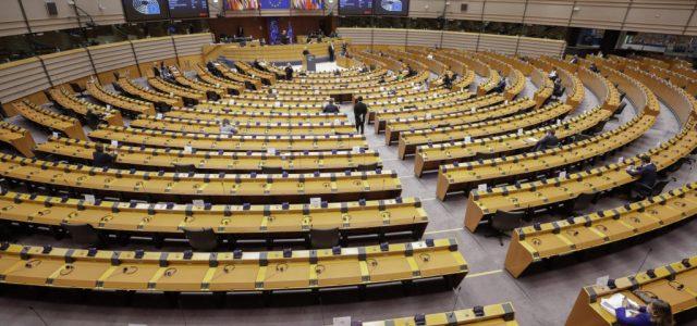 A nemek közötti egyenlőséget érintő indítványokból csak egyet szavazott meg a Fidesz az EP-ben