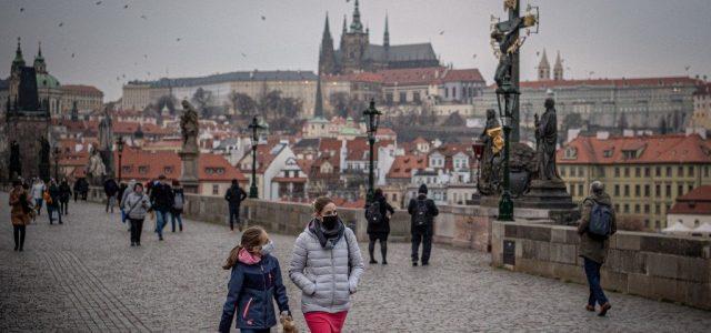 Éles vita alakult ki a cseh parlamentben a szükségállapot meghosszabbításáról