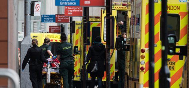 Meghaladta a százezret a járvány áldozatainak száma Nagy-Britanniában