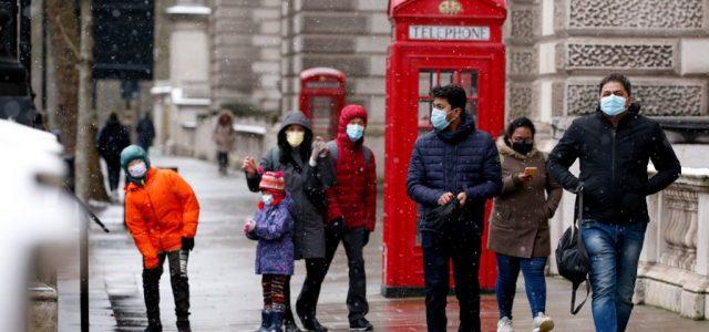 Nagy-Britanniában már 13 millió embert beoltottak
