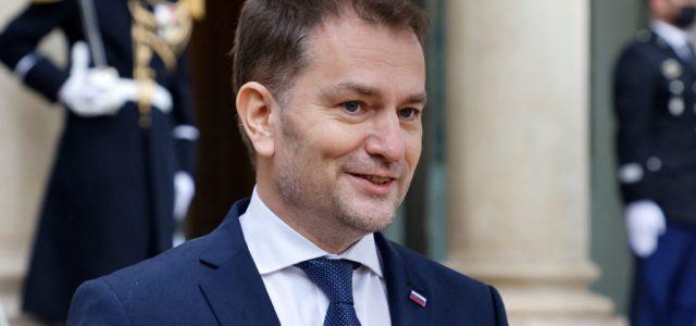 A szlovák kormányfő támogatja az orosz vakcina vásárlását