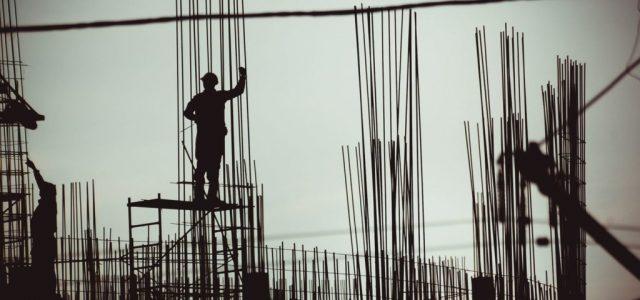 A munkaügyi trükközésekre utazik a hatóság