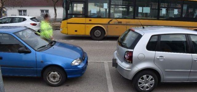Gyerekmotorral vágott a busz elé egy kisfiú Győrben