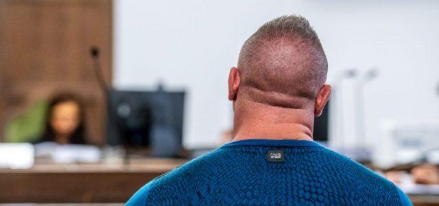 Kispályás csalók próbálták visszaszerezni M. Richárd jogosítványát