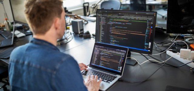 7 millió eurós befektetéssel terjeszkedik a magyar programozóiskola