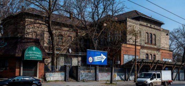 Karácsony: Nem engedjük kiköltöztetni a Szabolcs utcai hajléktalankórházat