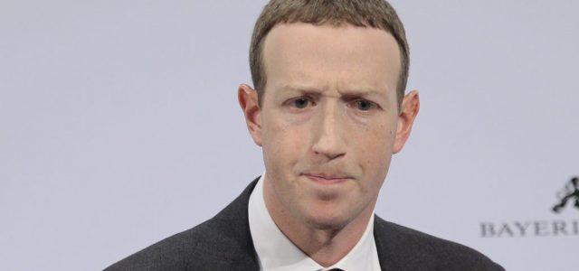 Még Zuckerberg facebookos adatai is kiszivárogtak