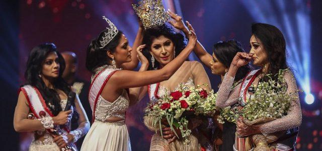 Fejsérüléssel ment kórházba Srí Lanka szépe, miután botrányba fulladt a szépségverseny